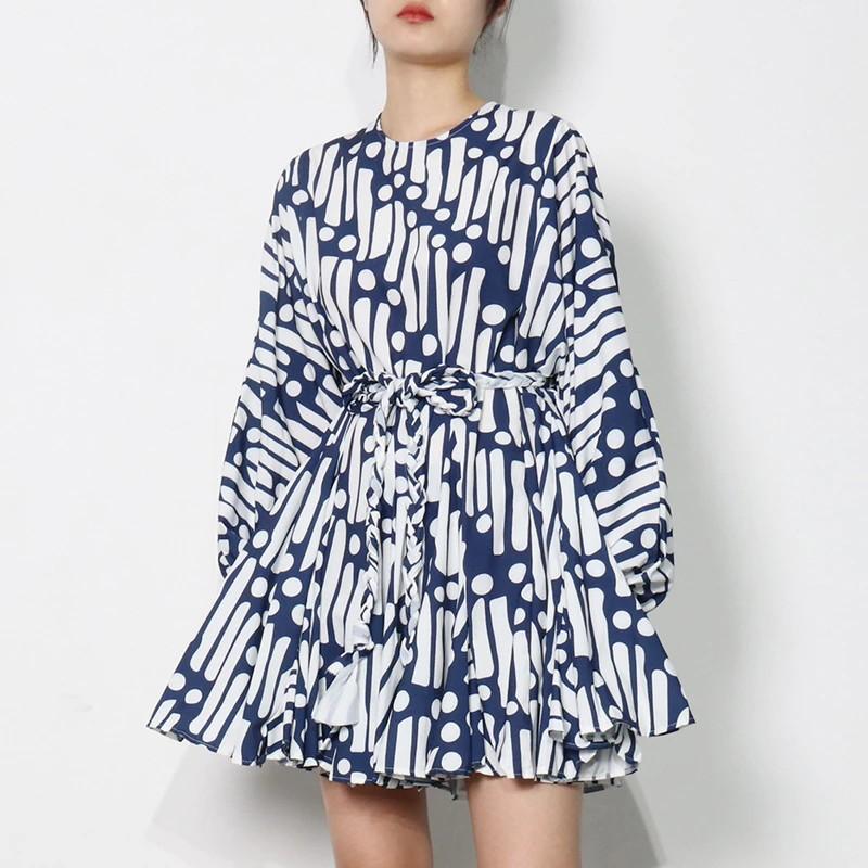 Robe Courte Patineuse Rétro Graphique Bleu Blanc