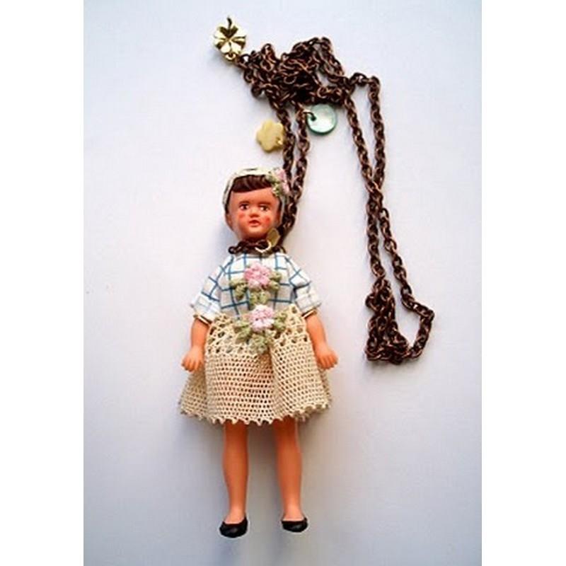 Collier Ma poupée Vintage en Blouse