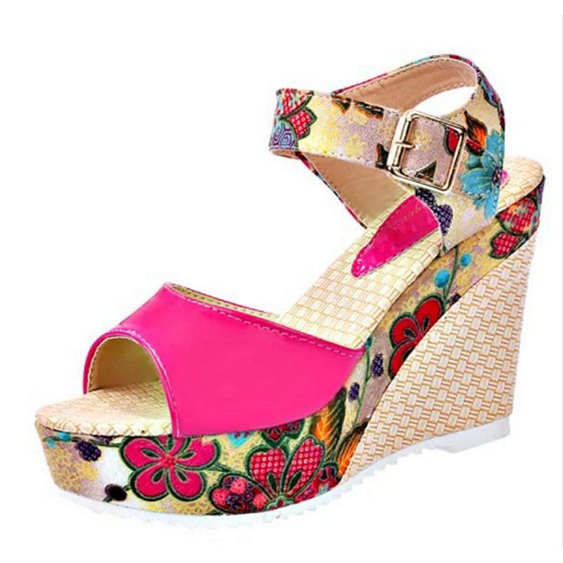 Sandales Compensées Fleuries Vernies ZAPATO 2 Coloris