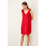 Trendyol-rouge-la-age-d-tail-robe-en-tricot-TWOSS19VG0255