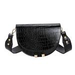Black_gusure-luxe-crocodile-motif-sacs-a-bando_variants-0