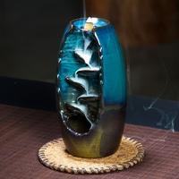Cascade en céramiques pour cônes d'encens à refoulement.