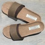 Claquettes de plage Les Mauricettes pour homme marron lin et coton vacances