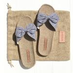 Les Mauricettes claquettes bleues légères plage et voyage