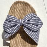 Les Mauricettes claquettes bleues légères plage et vacances