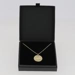 Collier-Amour-medaille-plaque-or-alex-dore-graver-personnalise-cadeau-naissance-mariage-anniversaire-fete-mere-ecrin-3