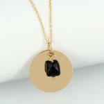collier-medaille-pierre