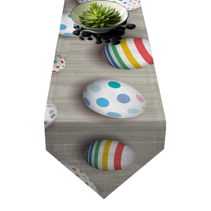 Chemin de table œufs de Pâques moderne