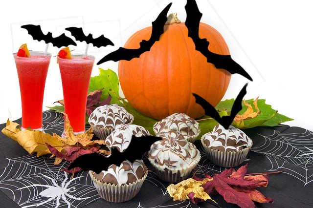 Comment utilser des chauves-souris pour réaliser un centre de table pour Halloween