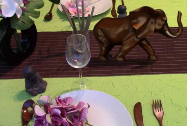 Décoration de table zen avec un éléphant feng shui