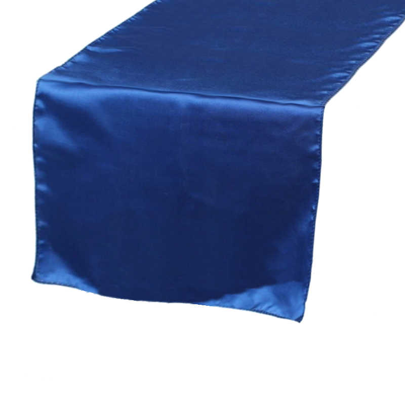 chemin-de-table-satin-bleu-roi-mariage-bapteme