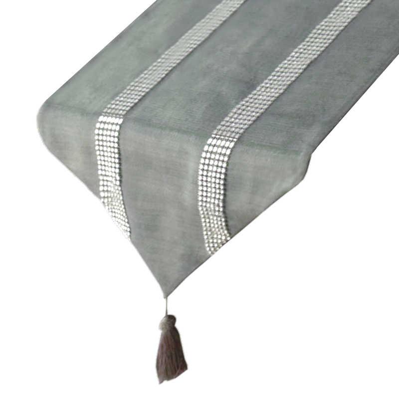 chemin-de-table-gris-strass