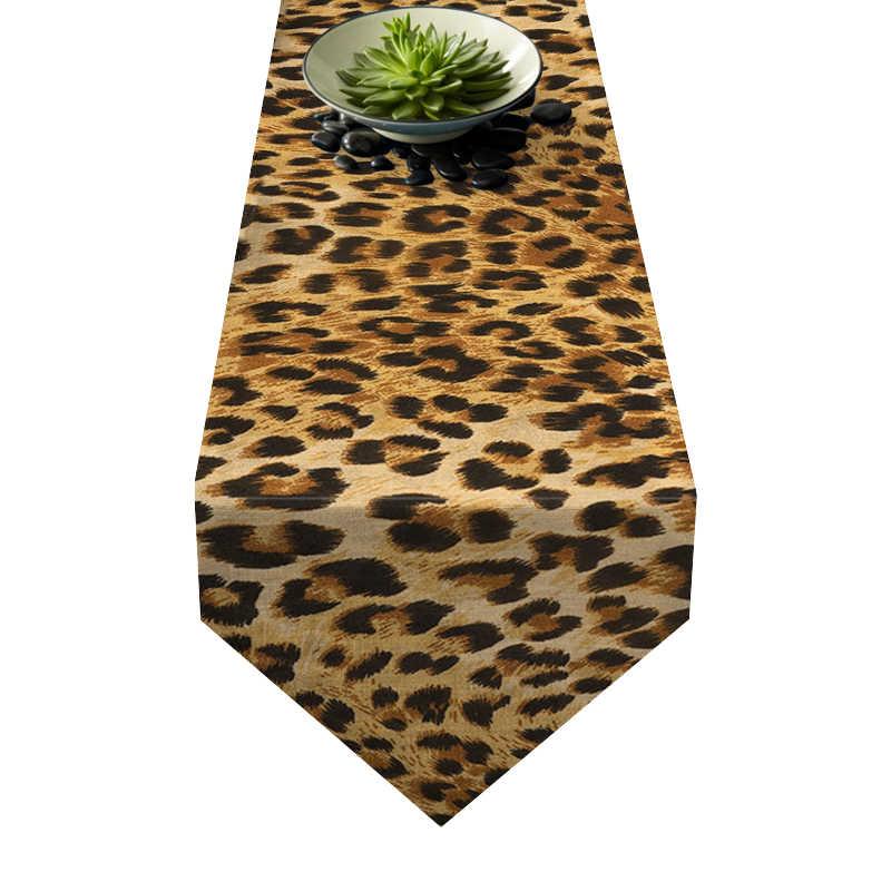 Chemin de table motifs léopard