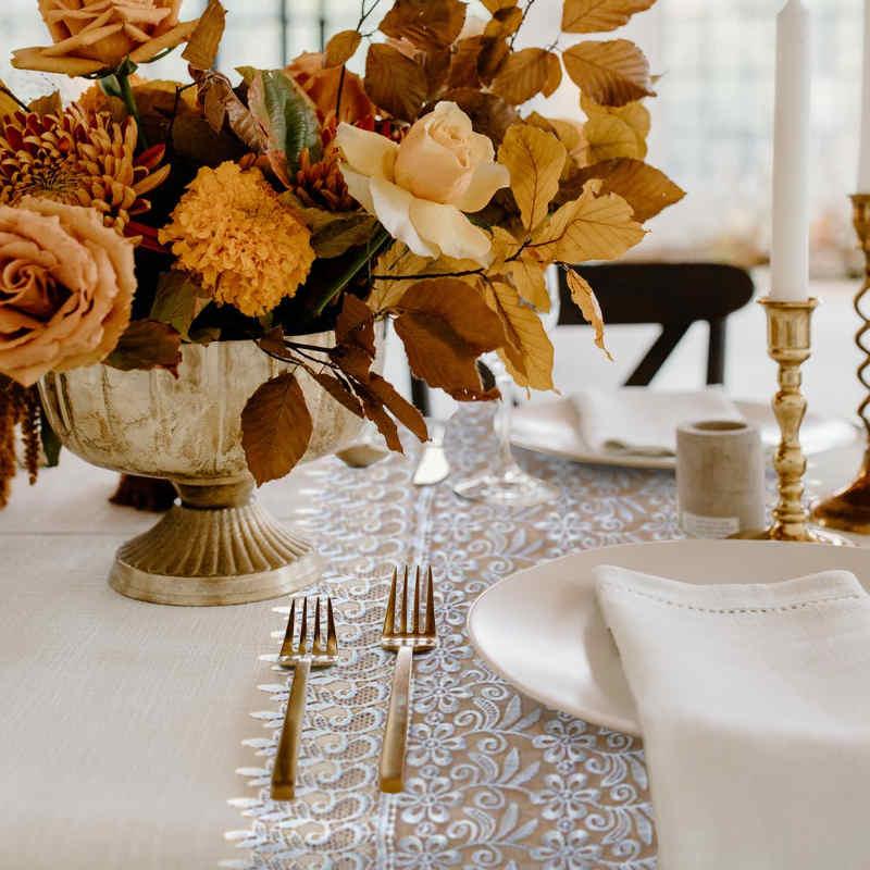decoration de table de mariage automne et dentelle