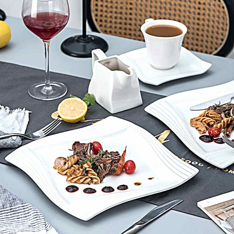deco table avec assiette blanche