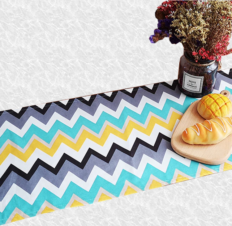 Chemin de table fantaisie multicolore