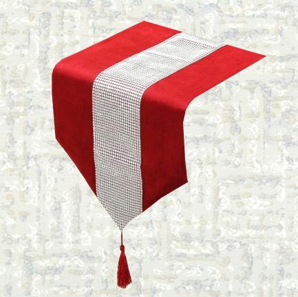 Chemin de table strass velours rouge