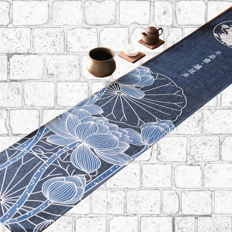 Chemin de table japonais lotus bleu