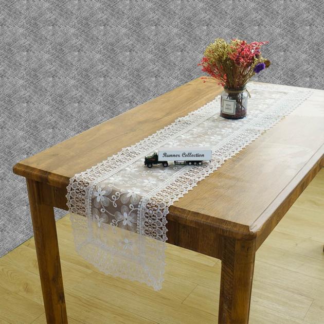 Chemin de table dentelle blanche