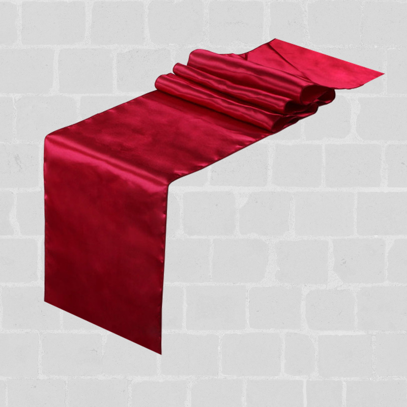 Chemin de table satin bordeaux