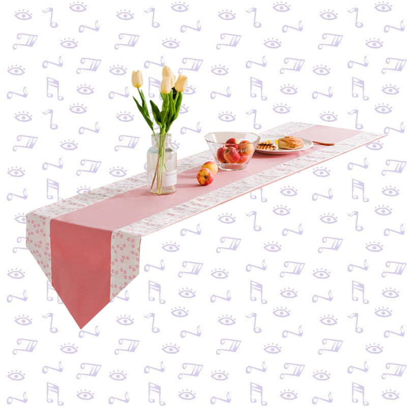 chemin-de-table-rose-bapteme