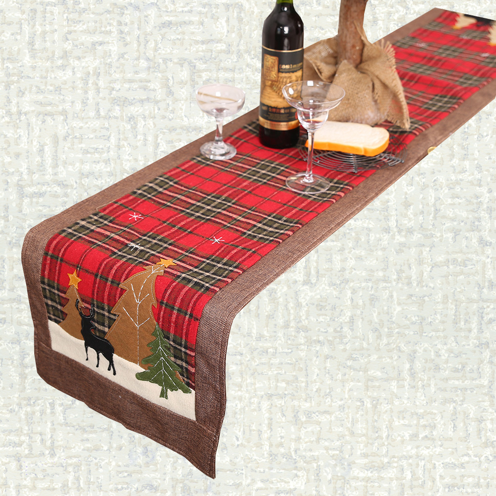 Chemin de table Noël écossais