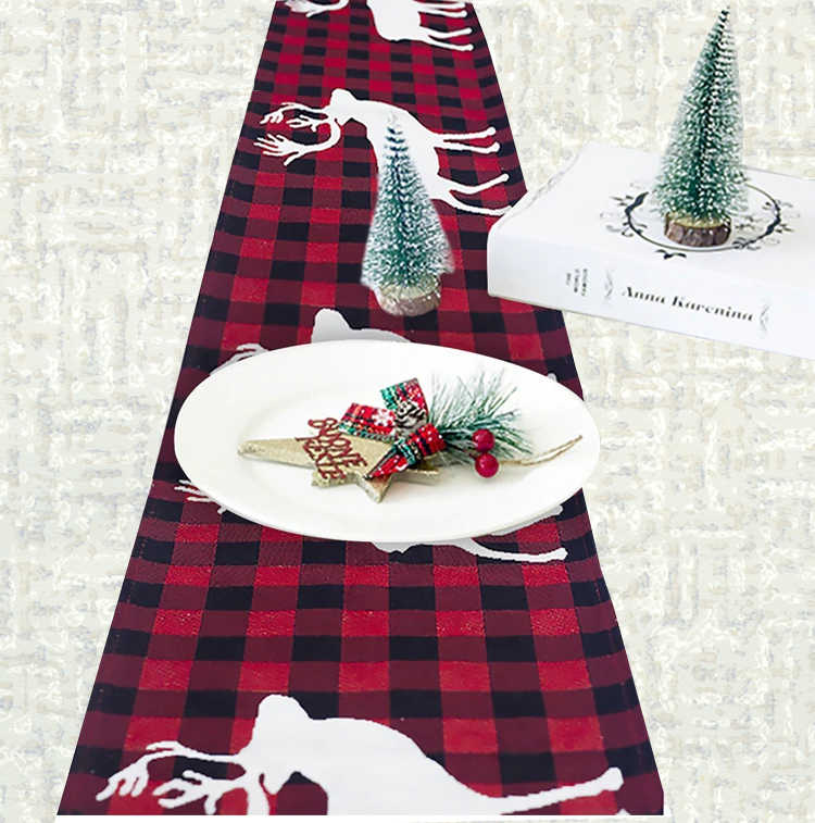 Chemin de table Noël rennes blancs