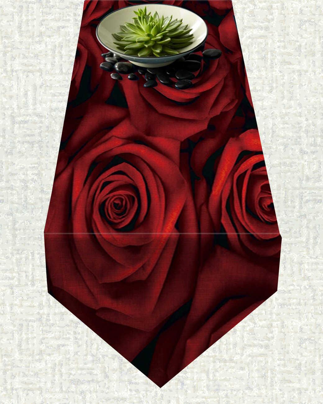 Chemin de table Saint Valentin roses rouges