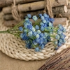 decoration-de-table-fleurs-artificielles-marguerite-bleue