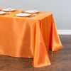 nappe-de-table-en-satin-orange-mariage