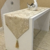 chemin-de-table-baroque-beige