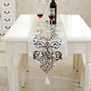 chemin-de-table-arabesque-dore-blanc