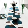 chemin-de-table-contemporain-fantaisie