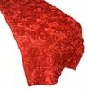 chemin-de-table-en-fleurs-artificielles-rouges