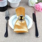 serviettes-de-table-satin-decoration-table