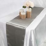 chemin-de-table-satin-gris-fonce-mariage