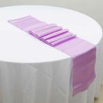 chemin-de-table-satin-parme-violet-mariage