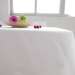 nappe-rectangulaire-tissu-blanche-table