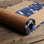 chemin-de-table-style-zen-bambou-naturel