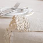 nappe-de-table-rectangulaire-en-lin-beige-dentelle