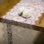 chemin-de-table-dentelle-mariage-blanc