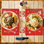 set-de-table-noel-pvc-souple-rouge-flocons