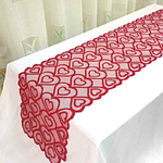 chemin-de-table-amour-rouge