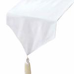 chemin-de-table-en-coton-blanc