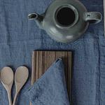 chemin-de-table-lin-bleu-fibre-naturelle