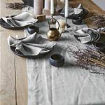 chemin-de-table-en-lin-gris-lave