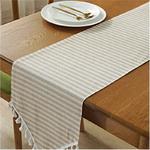 chemin-de-table-pour-bapteme-beige-pastel