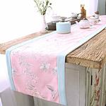 chemin-de-table-bapteme-fille-rose-bleu