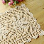 chemin-de-table-fleurs-au-crochet-ancien