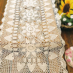chemin-de-table-coeur-crochet-ancien